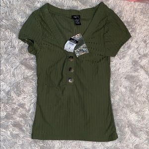 NWT Rue 21 olive green ribbed women's small shirt